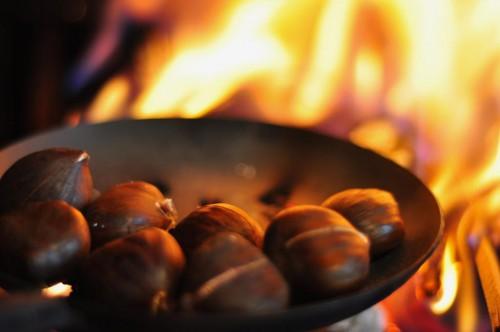 Chestnuts-Roasting-on-an-Open-Fire.jpg